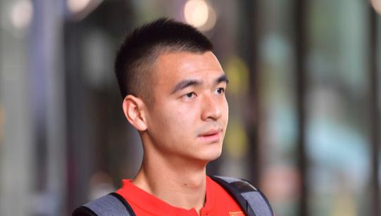 中国足球队官方微博祝贺鲁能足校:实至名归