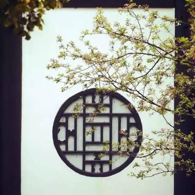 诗词世界(id:shicishijie) 古琴曲欣赏《卧龙吟》琴箫合奏:王先宏图片