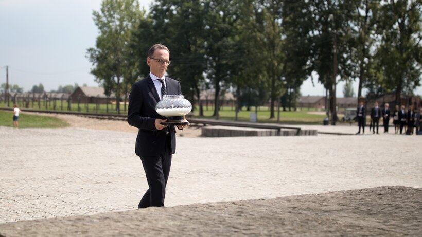 德外长访奥斯维辛集中营:我们的责任永远不会终止