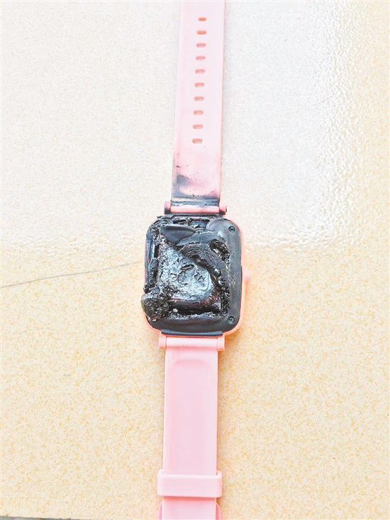 ag亚游集团戏团 三星Galaxy A71手机价格曝光,约人民币3800元