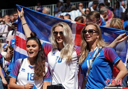 据冰岛国家队在社交网络上公布的数据显示,该场比赛在冰岛国内的收视