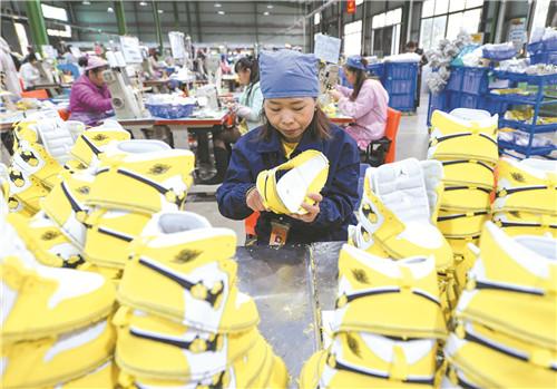 今年前9月道县实现新增贫困劳动力转移就业1900人