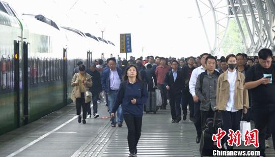 http://www.nthuaimage.com/shishangchaoliu/27999.html