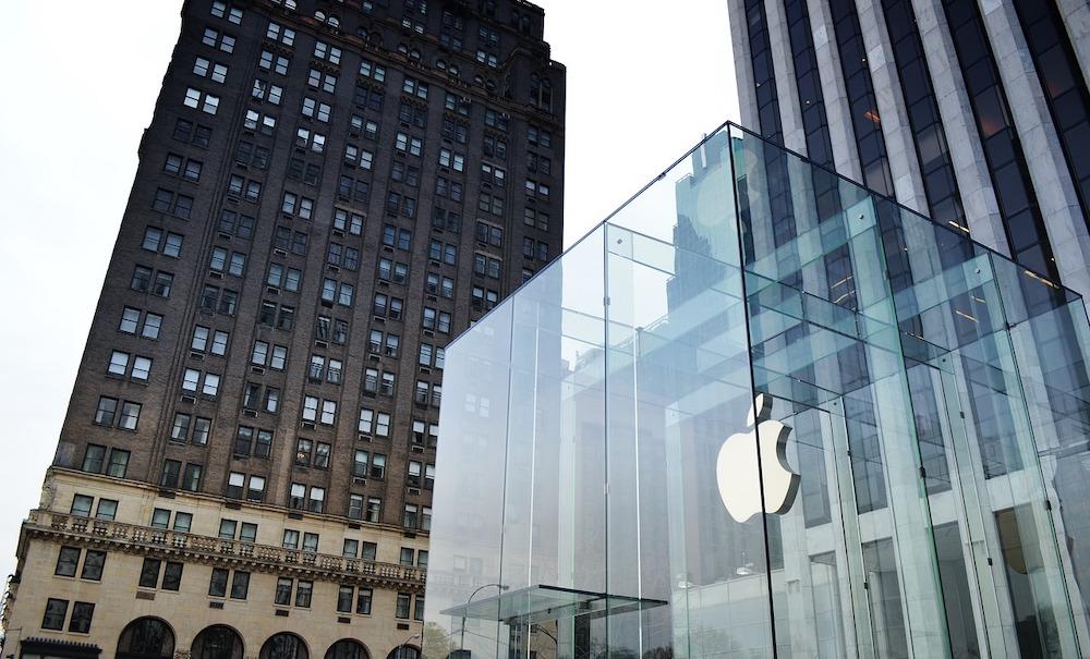 """苹果与奢侈品牌 Burberry 合作开发新聊天工具 """"R Message"""""""
