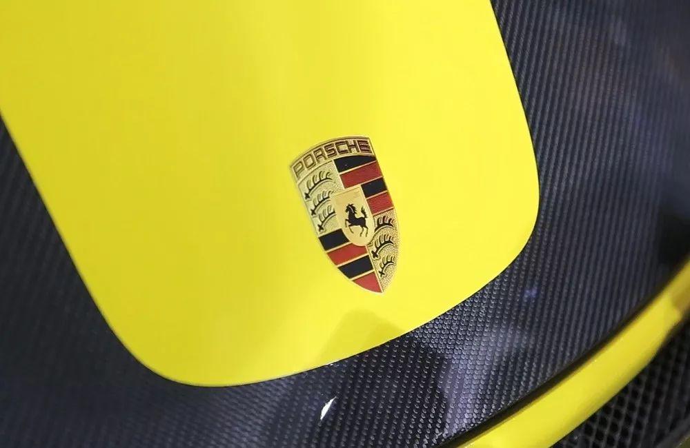 宝岛热卖80台!台湾首辆保时捷 911 GT2 RS Weissach 到店实拍