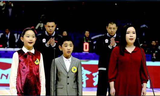 以篮球的名义,把爱唱给祖国