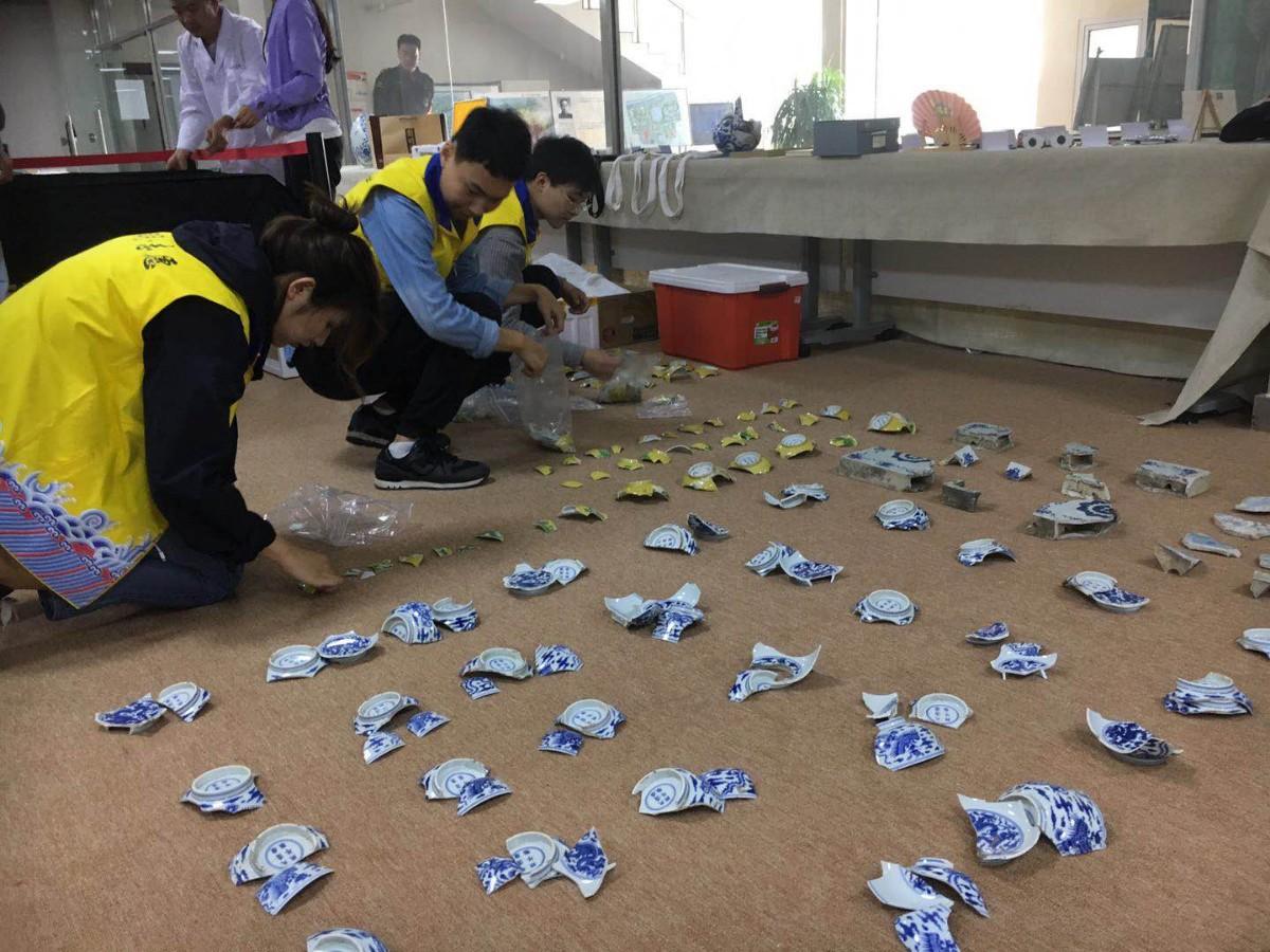 479个碎片拼出一只碗 圆明园启动11件文物修复