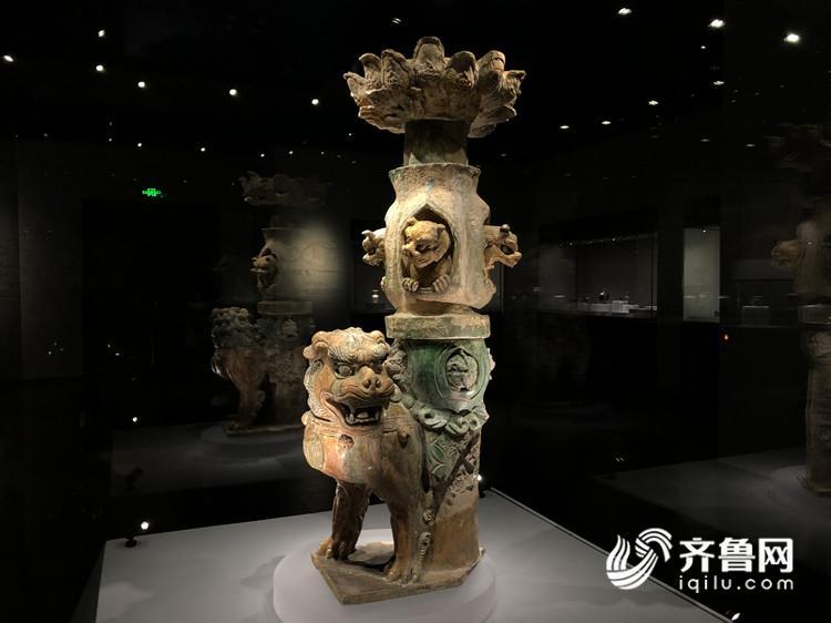 65秒 | 窑火千年,流光溢彩!淄博陶瓷琉璃文化展省博开幕