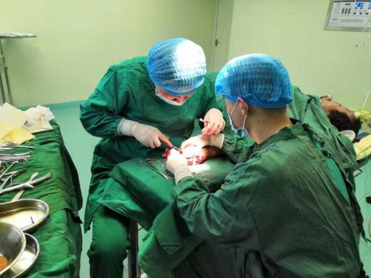 德州市中医院李明明:千里援渝 为2000名患者除病痛