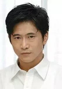 田中哲司饰演黑恋女主的男二笠井芯太郎。