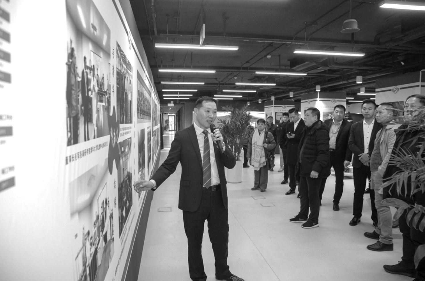 新世纪娱乐场注册送 依视路中国研发中心落户上海