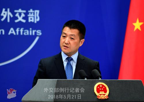 美菲关切中国轰6k在南海岛礁起降 我外交部称正常训练