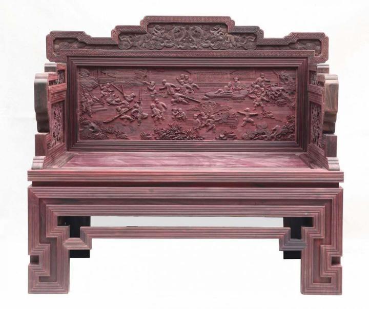 这位江山人创作的木雕 在工艺美术精品博览会上脱颖而出