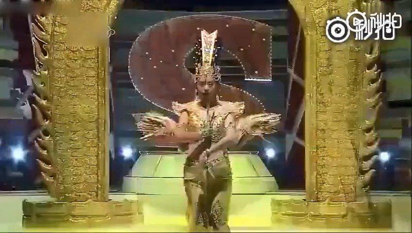 中国舞蹈《千手观音》登上韩综艺节目,韩国人看到的反应这样的!