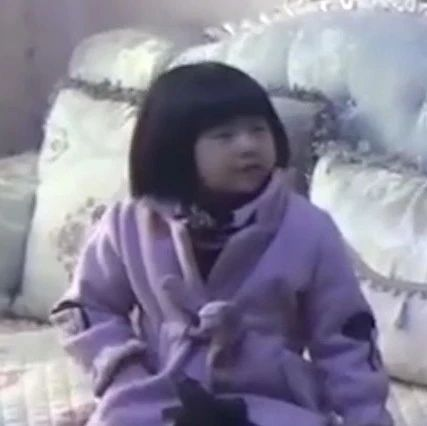 """家中起火!6岁小女孩如何""""教科书式""""报警自救"""