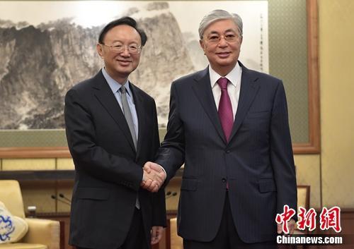 哈萨克斯坦总统托卡耶夫会见杨洁篪