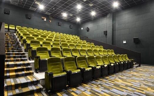 攀登者延长上映 公映24天票房勉强破10亿