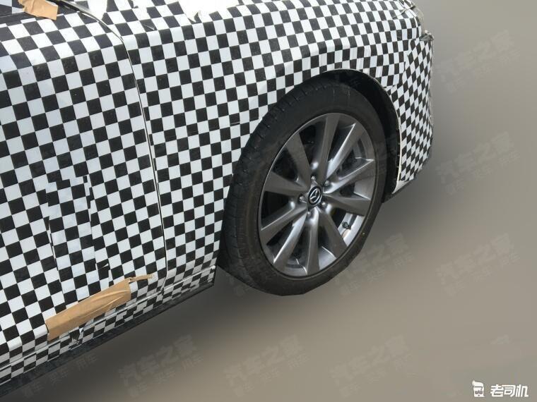 延续海外车型设计 国产全新马自达3三厢版谍照曝光