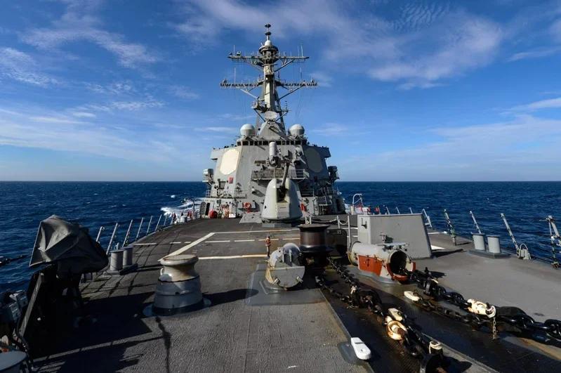 蓝冠国军蓝冠舰再次通过台湾海峡系今年第七图片