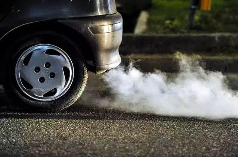 【汽车用车】怎样判断发动机有没有积碳,出现这几种情况,要注意了!