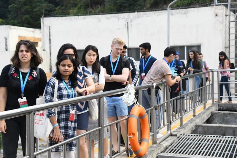 全球青年创新人才汇聚沙头角水厂 实地见证深圳优质饮用水的诞生