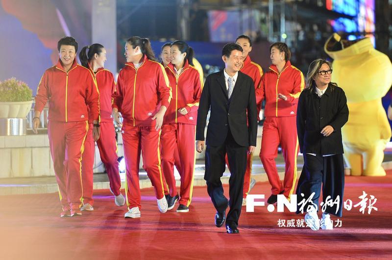 第六届丝绸之路国际电影节 开幕红毯暨晚会侧记