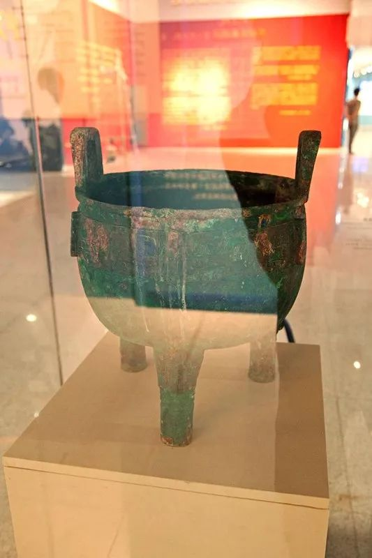 山西公安机关成功追缴回的涉案文物包含了中华文明进程的每个时代