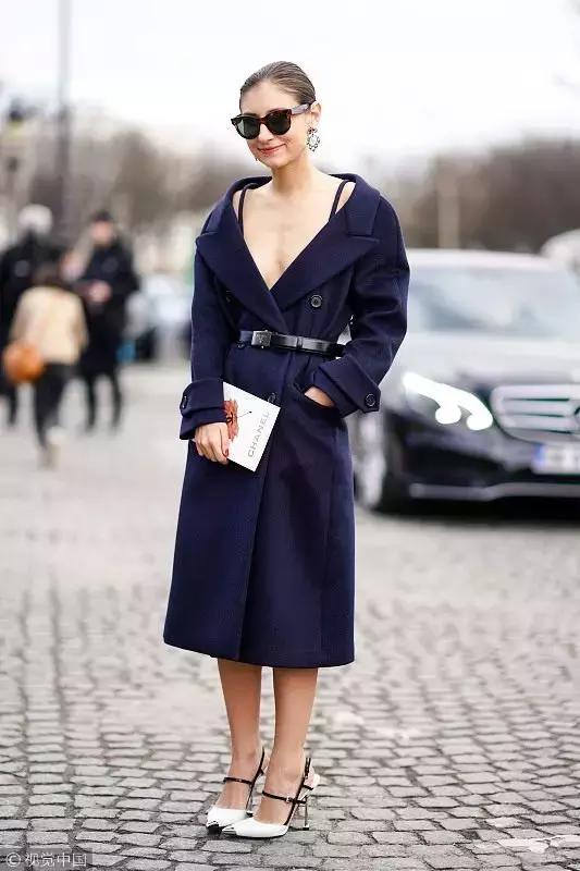 小个子梨形身材的她 为什么穿上衣服显得又高又瘦?图片
