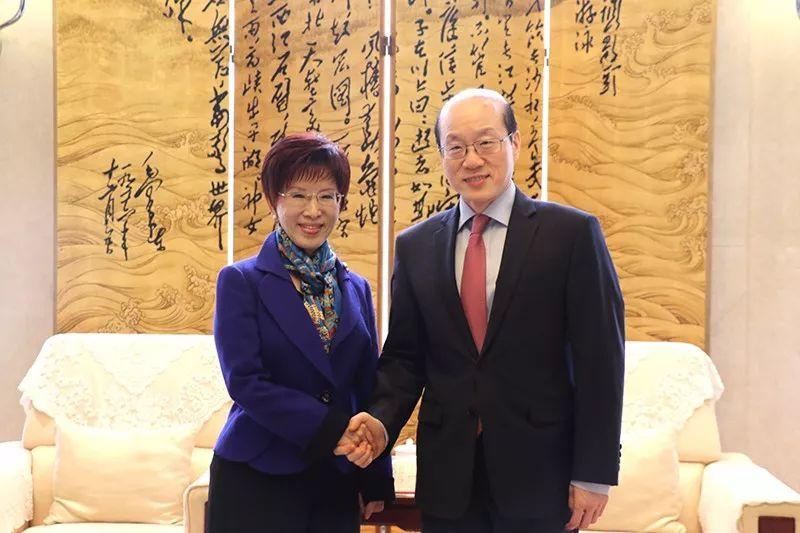 刘结一会见中国国民党前主席洪秀柱。