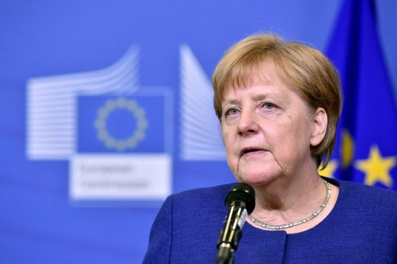 欧盟达成移民协议欧元跳涨 贸易担忧打压人民币