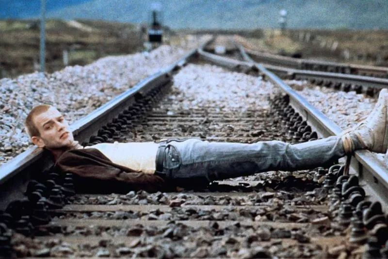 《猜火车》