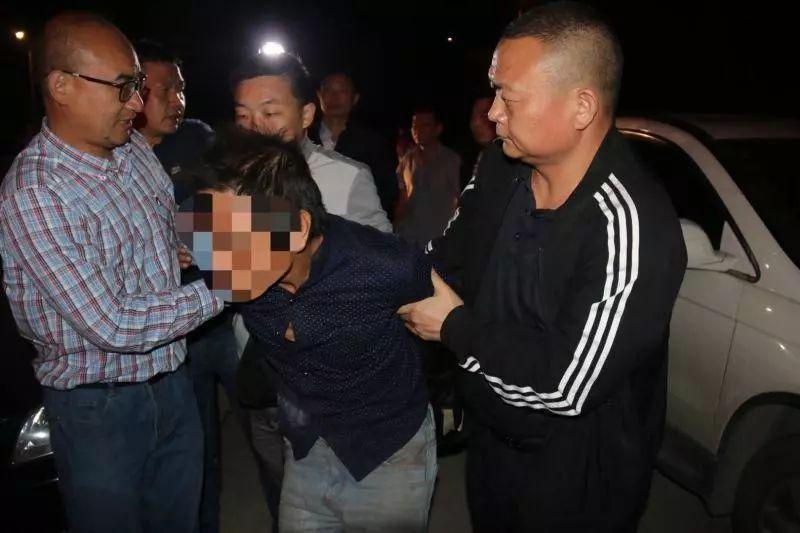 圖爲:警方成功抓獲9.28京山雙屍案犯罪嫌疑人