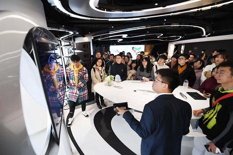 亿万先生007官方网·2018春节出游趋势报告: 温泉滑雪仍是春节热词 国内游均价猛增115%