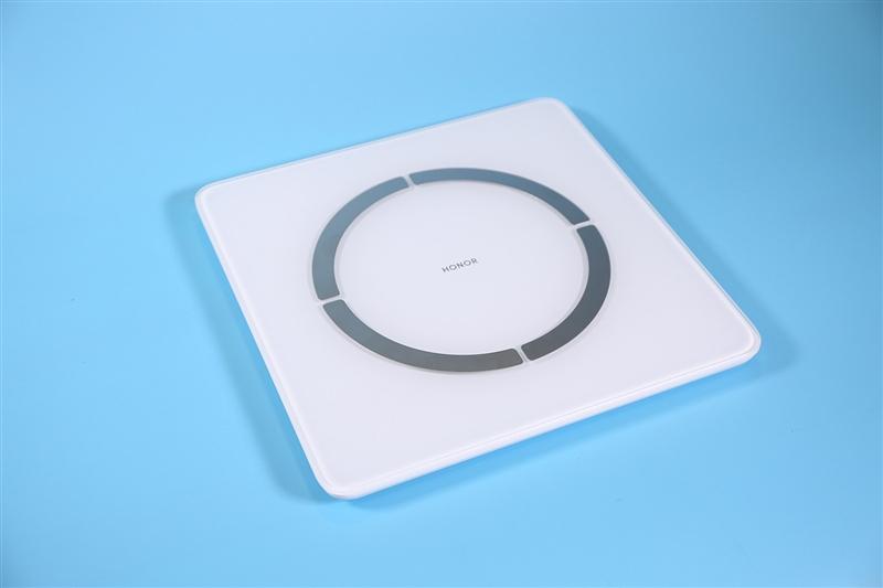 荣耀智能体脂秤2评测:身体如何一站便知