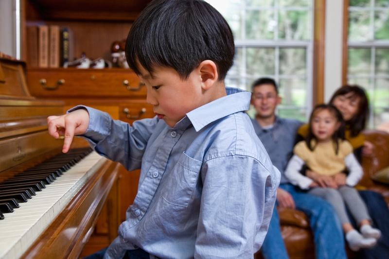 疫情下的云钢琴课背后:迅猛发展的千亿在线陪练市场