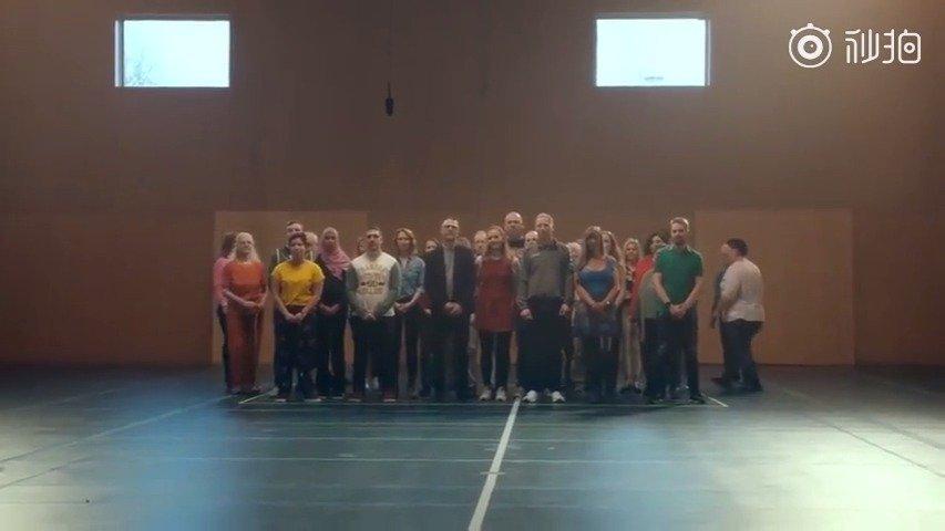 丹麦第二电视台宣传片《你好,陌生人》  我们每天会遇到无数人