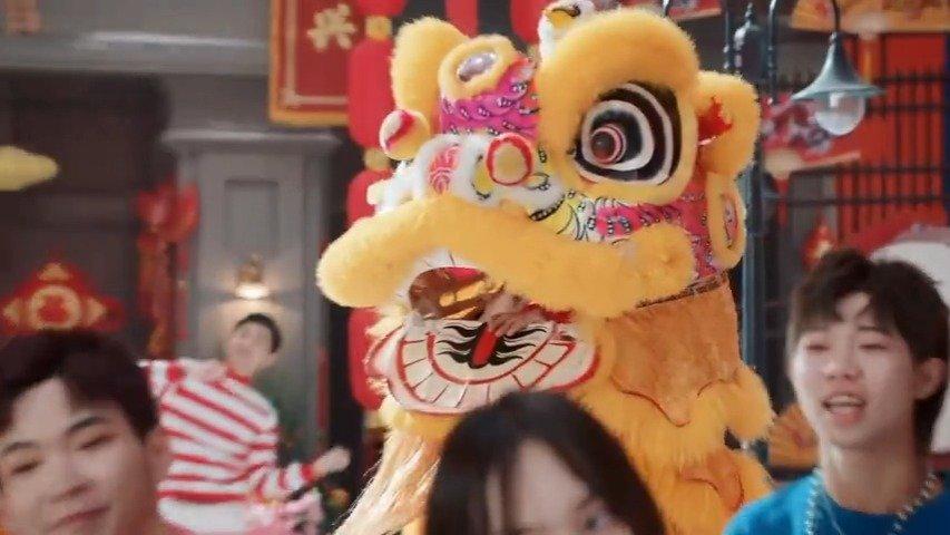刘德华搭档王宝强、刘昊然再次唱起过年神曲《恭喜发财2020》