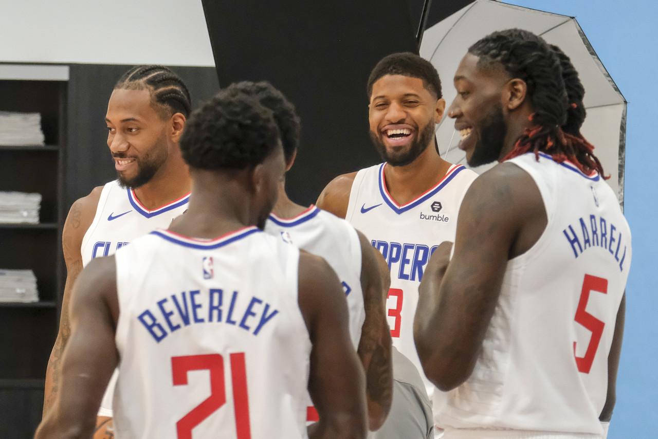 NBA总经理调查报告:看好快船夺冠字母哥蝉联MVP