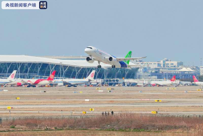 [恒行]客机106架机转场东营恒行试飞图片