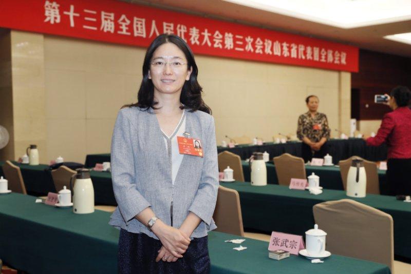 全国人大代表李燕:建议政府牵头建立中小学分级阅读体系图片