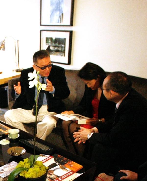 2008年初,潘石屹和张欣随大陆地产商访问团在台湾见到李敖
