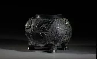 圖爲青銅豬卣,上海博物供圖