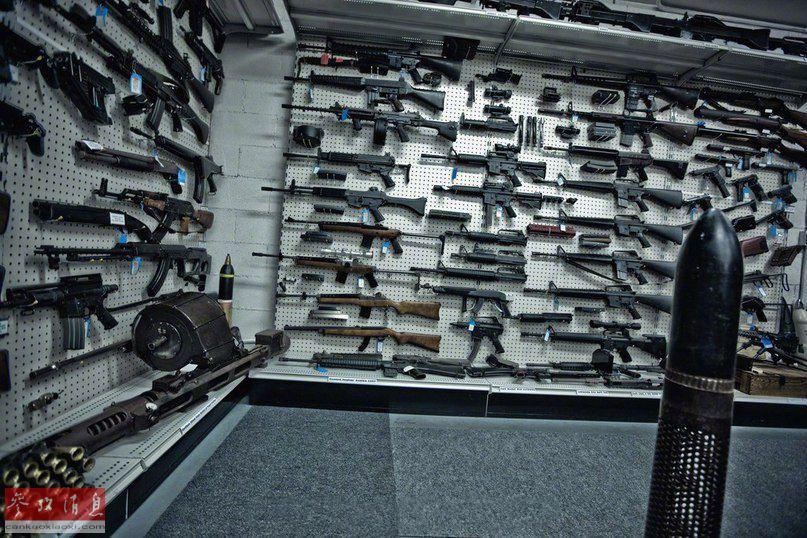 外国个人开办的枪械博物馆 囊括各国名枪械