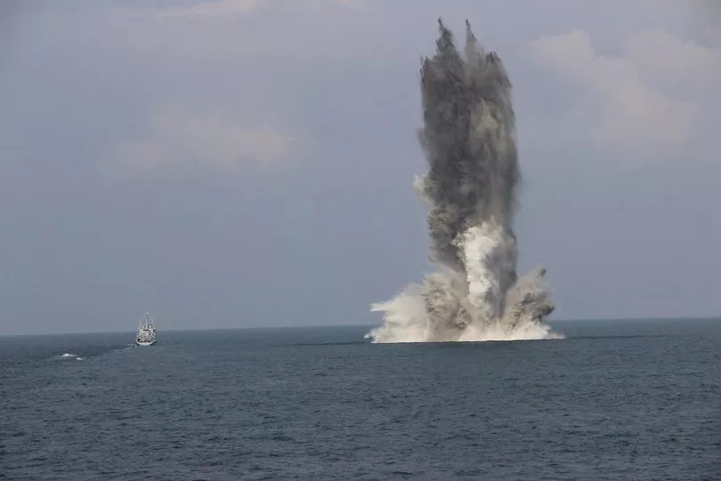扫雷舰的爆破割刀原理