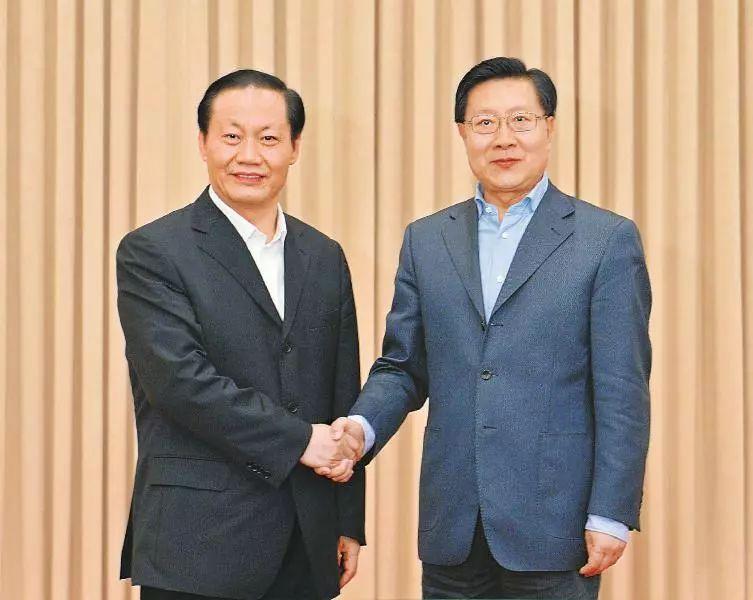 王东明(右)与彭清华