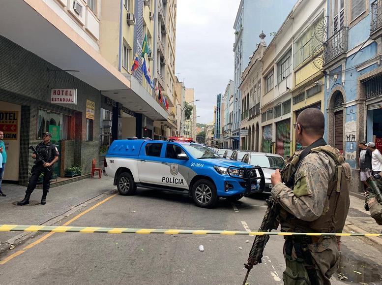 巨鼎娱乐客户端·越南警方向中方移交一名在逃嫌疑人 在越藏匿17年