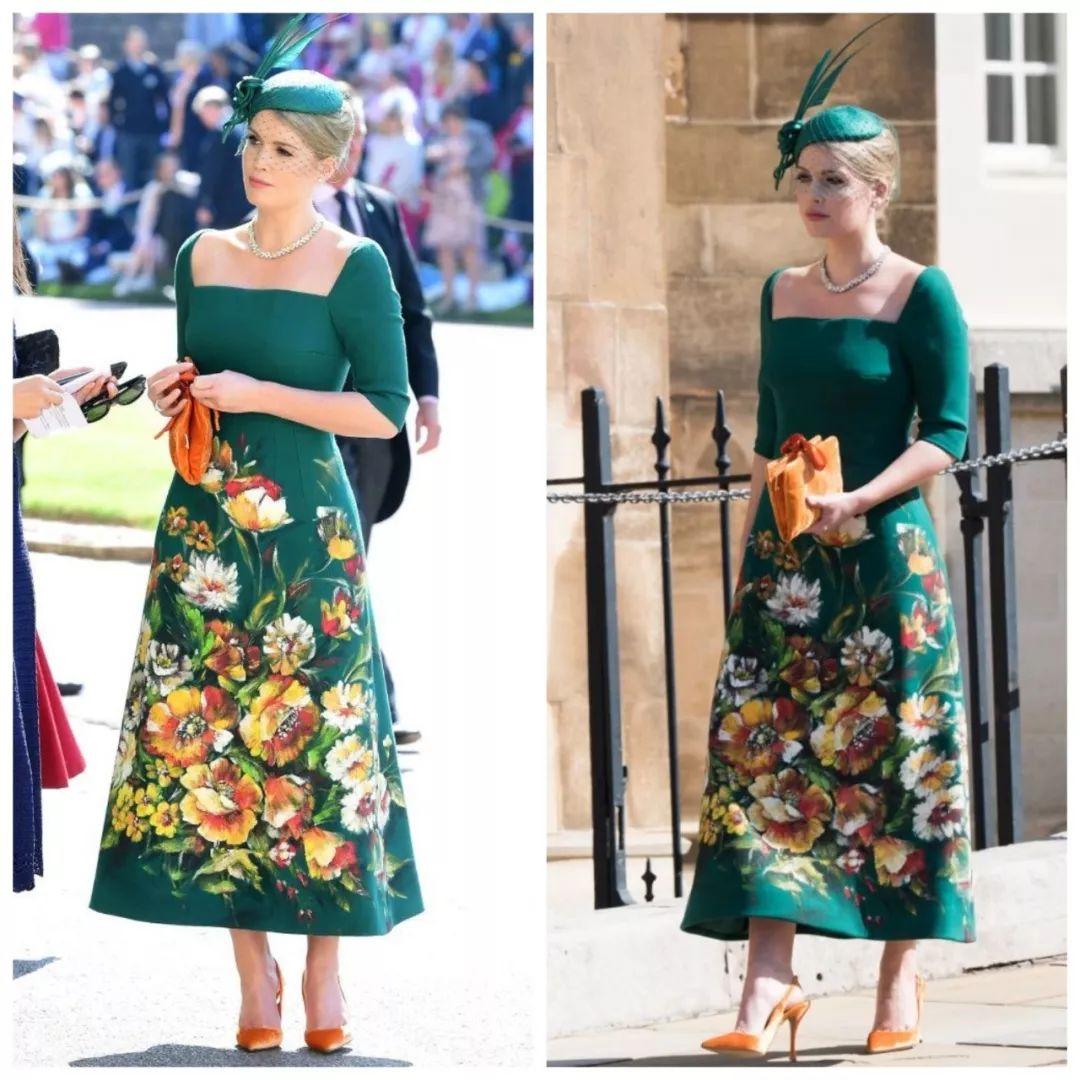 王妃女神都爱穿的大方领 修饰身材优势多