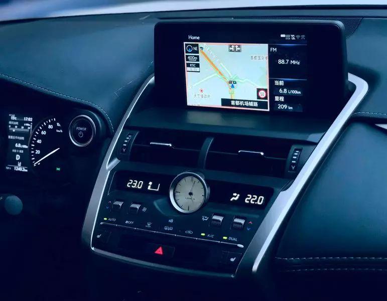 试驾|Lexus NX300h:俊朗造型显刚毅 精湛内饰博芳心