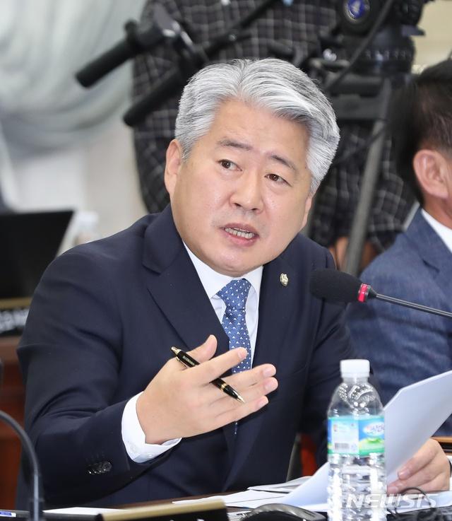 「g彩娱乐」原鄂尔多斯市水土保持局调研员赵国际被查,已退休5年