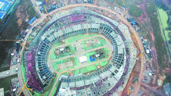 成都东安湖体育公园体育场首层结构封顶